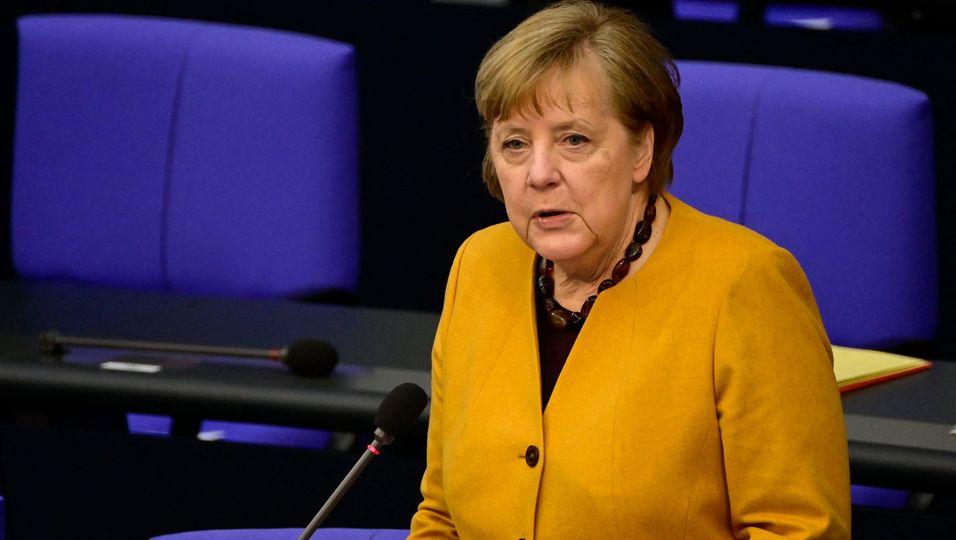 """""""Einzig und allein mein Fehler"""": Merkel entschuldigt sich bei den Bürgern"""