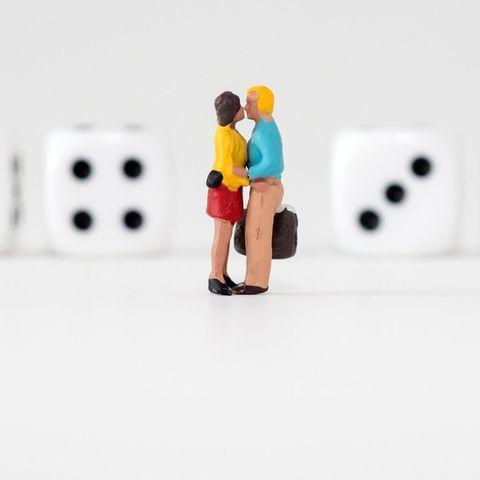 In der Regel haben Ehegatten Steuerklasse IV/IV, in vielenFälle ist aber die Kombination III/V attraktiver.
