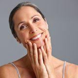 Anti-Aging-Gesichtspflege: Das braucht deine Haut ab 50