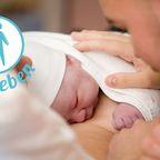 Ein rührendes Bild von einer Geburt zeigt, wie echtes Vaterglück aussieht.
