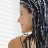 Eine Kur ist ein tolles Wellness-Programm für Ihr Haar.