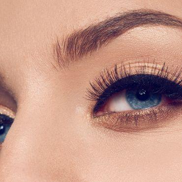 Perfekte Augen mit Mascara