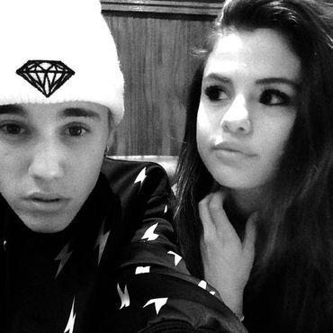 Justin Bieber   Er turtelt wieder mit Selena Gomez